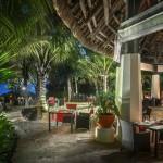 49_Sofitel So Mauritius - La Plage restaurant at night - Lifestyle
